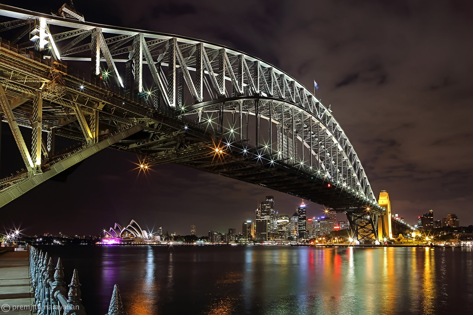 View of the Sydney Harbour Bridge and the 'Opera House'