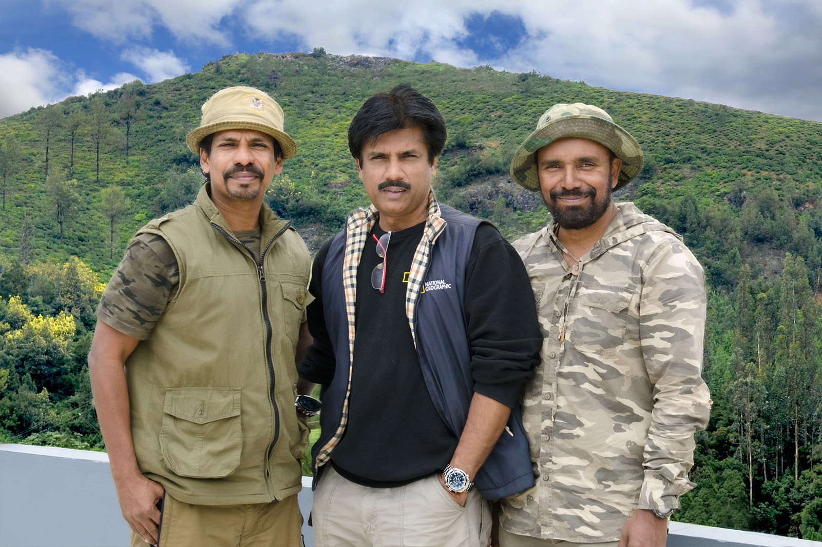 WITH  NOTED  PHOTOGRAPHERS &  ENVIRONMENTALIST  NA NAZIR  &  DILEEP  ANTHIKAAD