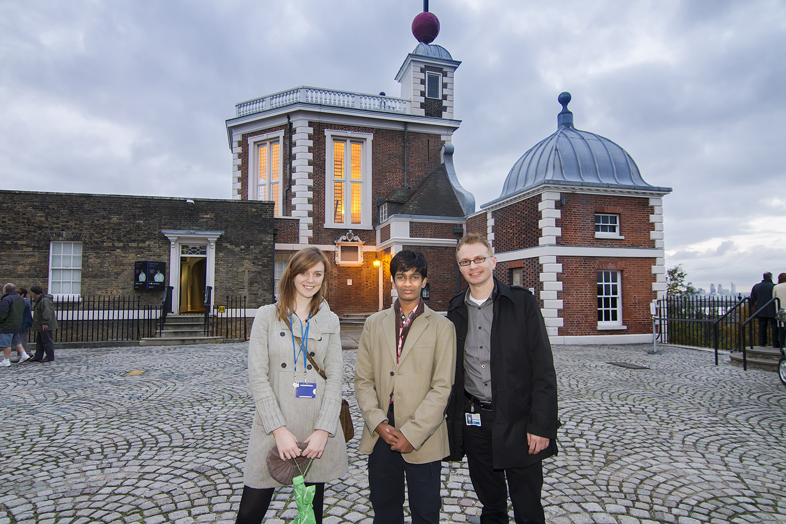 "WITH  THE  JUDGE  ""MAREK KUKULA""  AND THE OFFICIAL  AT THE  ROYAL  OBSERVATORY,  GREENWICH,  LONDON."