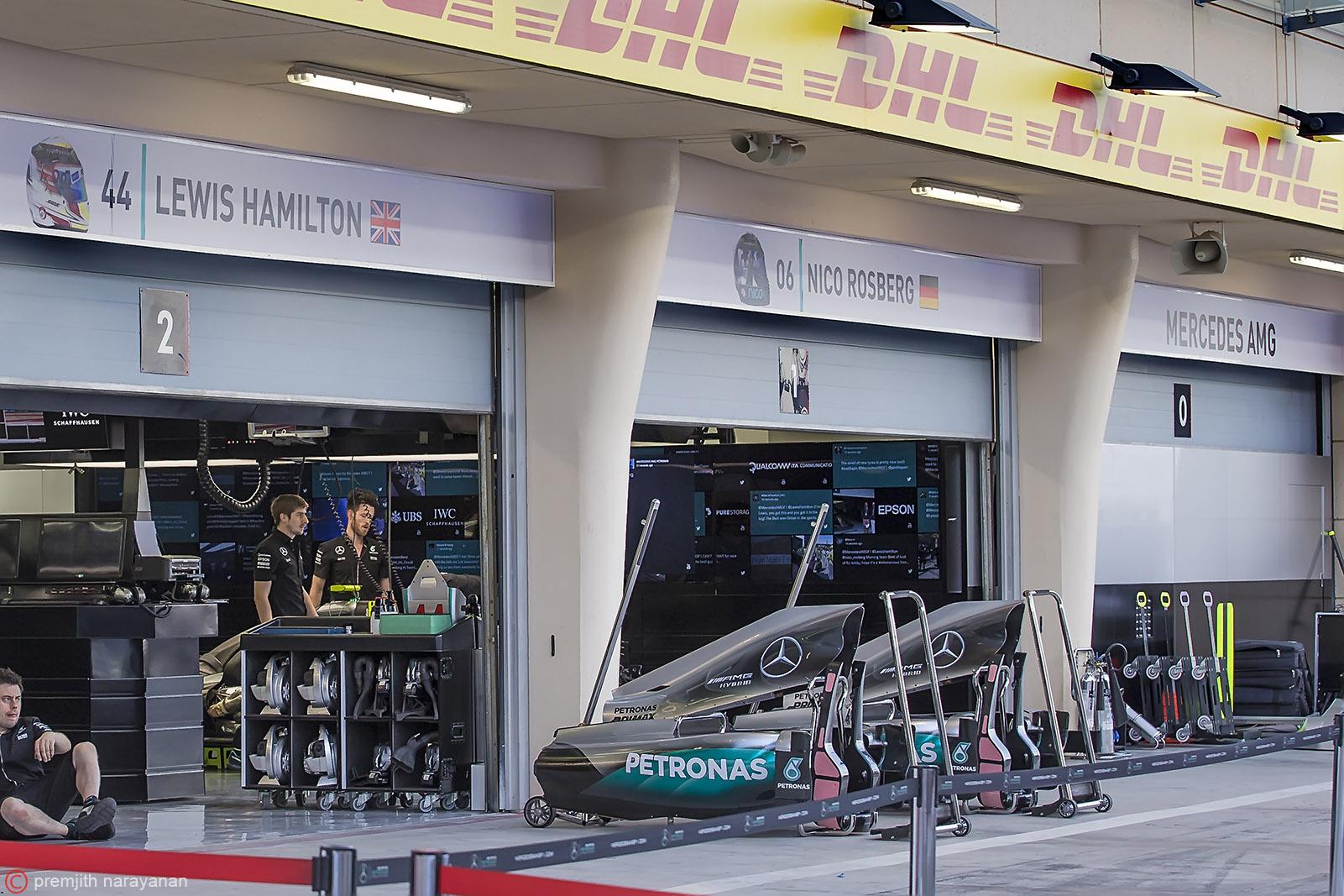 Pit Stop -McLaren Mercedes